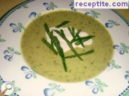 Cold soup of peas