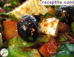 Feta cheese grilled with creamy tuna