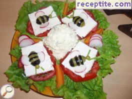 Salad weakness of bees