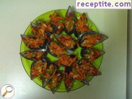 Salad in mussels