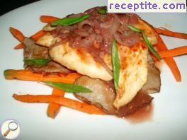 Chicken fillet with oyster mushroom and wine sauce