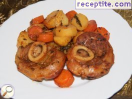 Veal shank with potatoes and carrots