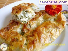 Banitsa with feta cheese and purslane