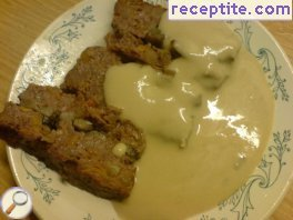 Sauce with processed cheese and mashed potatoes