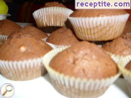 Muffins with coffee, walnuts and raisins