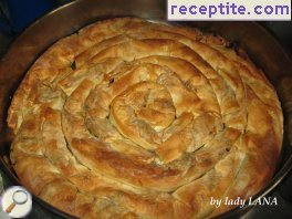 Round banitsa with leek and feta cheese Annie