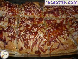 Butter roll with minced meat