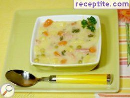 Soup with ham and cheddar