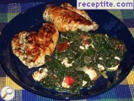 Chicken fillet with sheep cheese and spinach