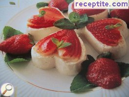 White cream with cottage cheese