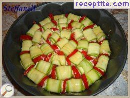 Rolls zucchini (eggplant) with cottage cheese