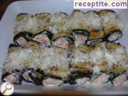 Eggplant rolls with cheese