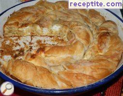 Round banitsa with homemade pastry