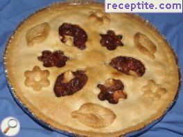 Pie with cherries and apples