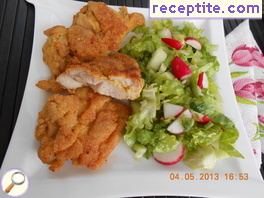 Breaded chicken with cornmeal