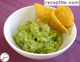 Guacamole sauce for chips