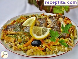 In sealed envelope fish with vegetables and cream