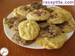 Cookies with chocolate chips (type Subway)