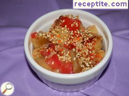 Salad with eggplant and sesame