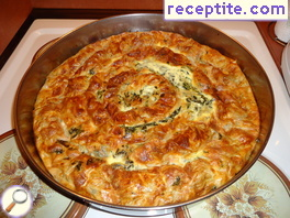 The banitsa grandmother with feta cheese and spinach