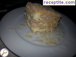 Layered cake with Mascarpone without baking