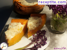 Roasted pumpkin stuffed with cream