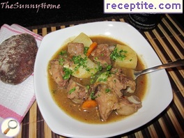 Lamb stew with Guinness beer