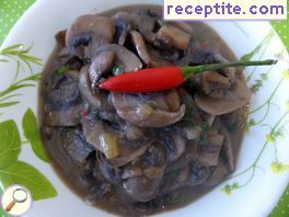 Spicy mushrooms in coconut milk