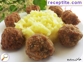 Fluffy fried meatballs
