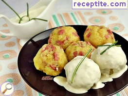 Potato balls with mayonnaise sauce