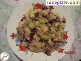 Winter salad with tuna