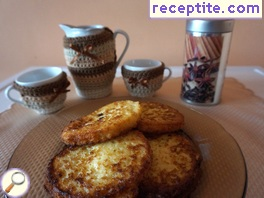 Dutch French toast with cinnamon (Wentelteefjes)