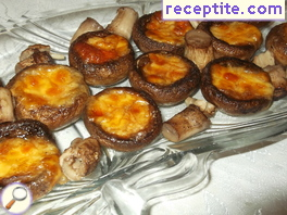 Stuffed mushrooms with cheese