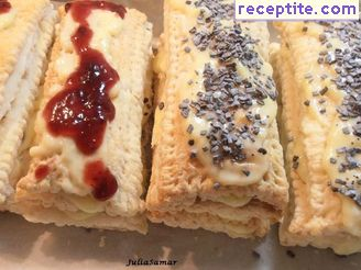 Mille-feuille with puff pastry