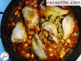 Chicken with olives and green peppers