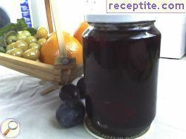 Compote of prunes without water