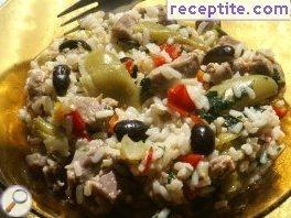 Beef with rice and vegetables in the oven