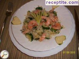 White risotto with shrimp and zucchini
