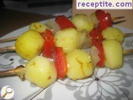 Potato skewers in foil