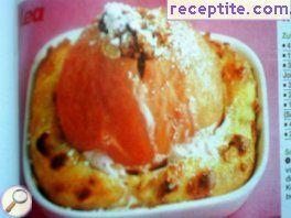 Roasted apple in bed cottage cheese