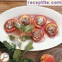 Baked peaches with amaretto