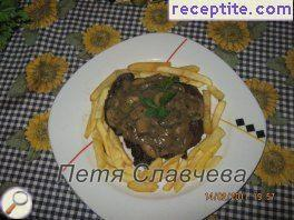 Pork cutlets with mushroom sauce