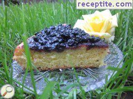Pie with blueberries