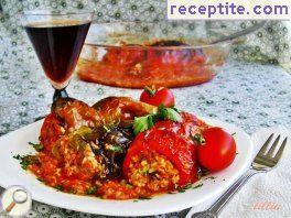Stuffed peppers with bulgur and minced meat