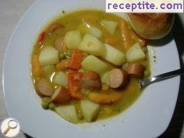 Stew with vegetables and skinless sausage