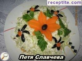 Salad of fresh cabbage and carrots