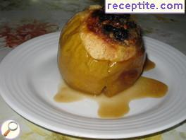Stuffed apples with honey