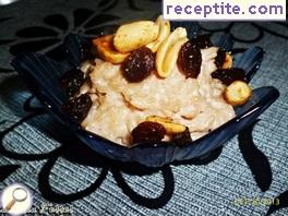 Indian rice pudding (Paal Payasam)