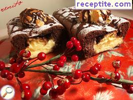 Sponge cake with eclairs