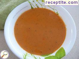 Tomato soup with cream